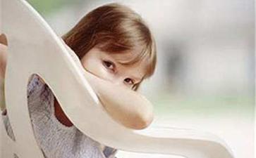 淦田镇儿童额头有白斑是什么原因?