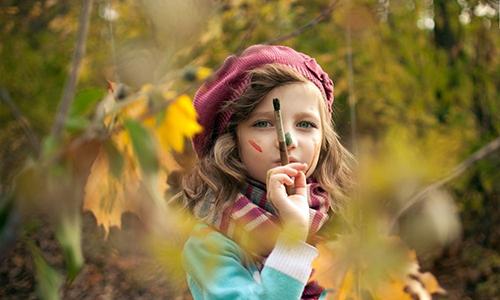 儿童嘴角长白斑是怎么了?