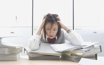 哪些心理影响因素可能会导致白癜风